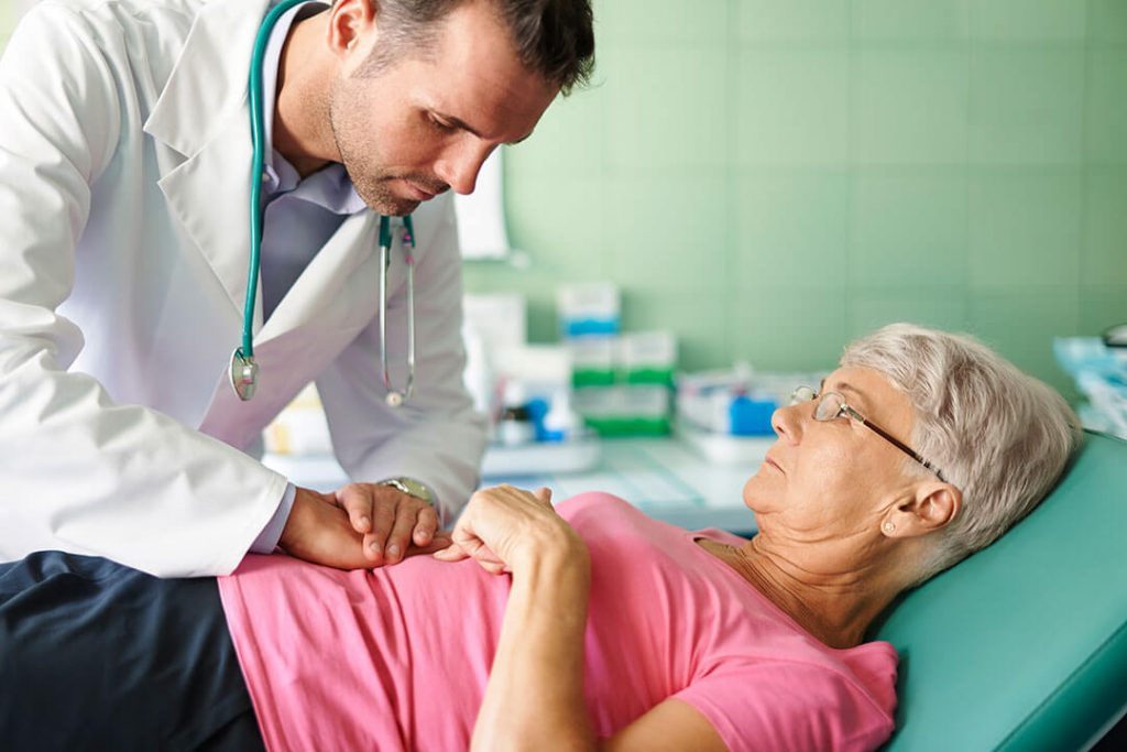 Pilvo skausmai – ne toks jau nekaltas simptomas: gali grėsti rimtas pavojus